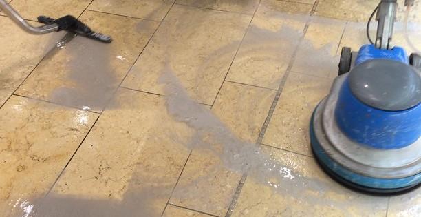 Čištění a renovace podlah Brno