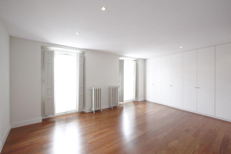 01Čištění a voskování podlah